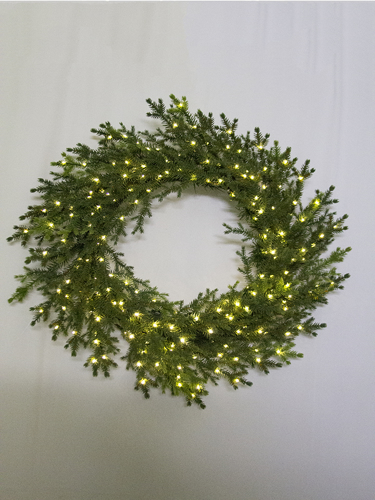 "Picture of 24"" BLACK SPRUCE WREATH"