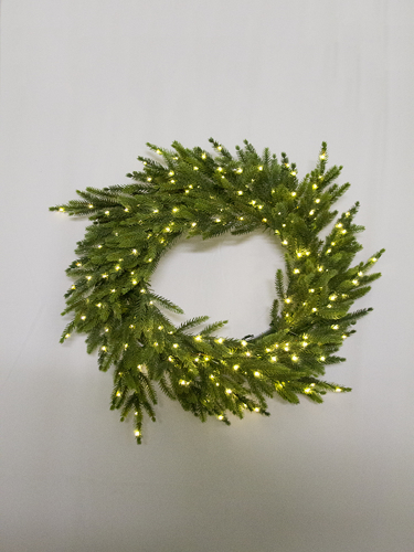 """Picture of 24""""ORIENTAL SPRUCE WREATH"""